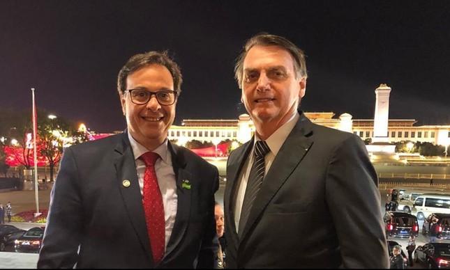 Presidente da Embratur ao lado de Bolsonaro