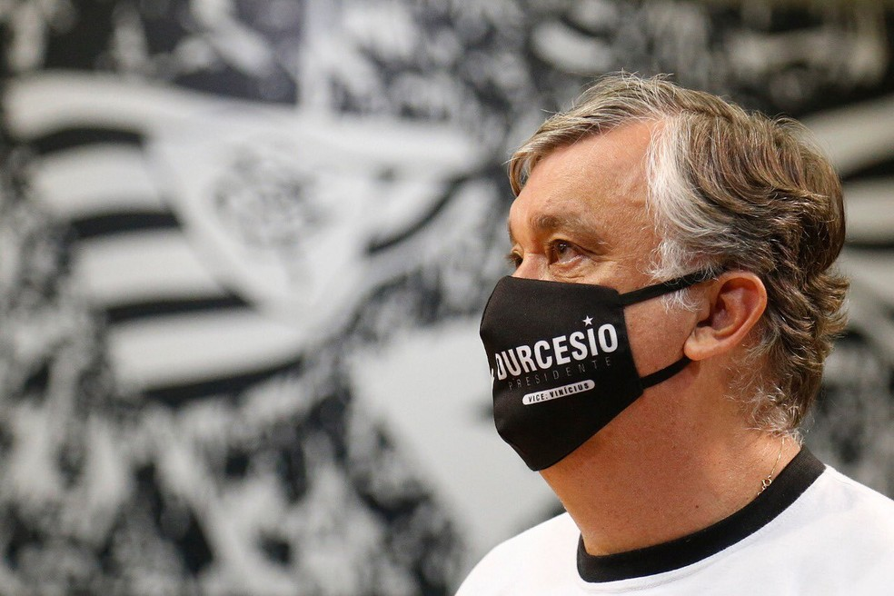 Recuperação financeira será prioridade para o próximo presidente, Durcesio — Foto: Vitor Silva/Botafogo