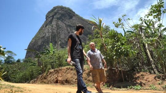 Atílio Vivácqua e o último episódio da série Castelos do ES no Em Movimento, 07