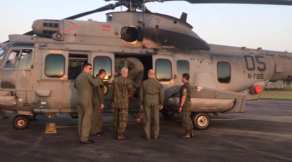 Aeronave da Marinha leva militares que serão empregados no combate a incêndio e busca e salvamento para Altamira — Foto: Reprodução / Comando Conjunto Norte