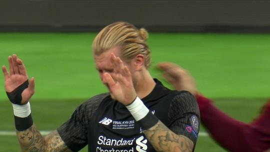 Após falhar em dois gols, Karius chora, e pede desculpas aos torcedores
