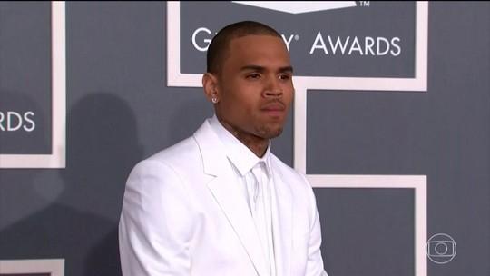 Chris Brown é preso em Paris após denúncia de estupro