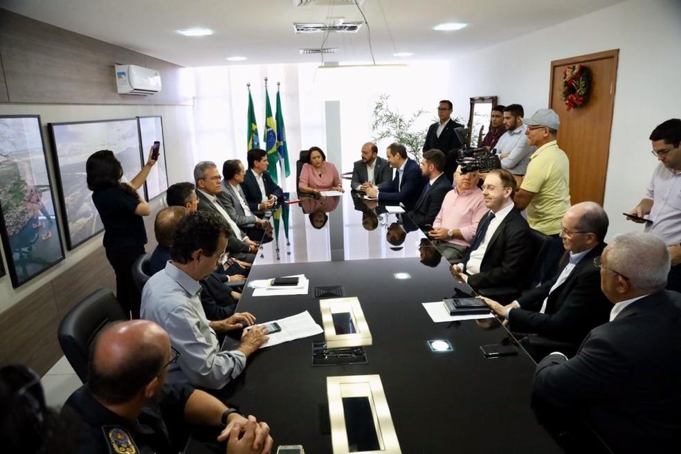 Sanção do projeto de lei do Proedi, no RN — Foto: Sandro Menezes/Governo do RN/Divulgação