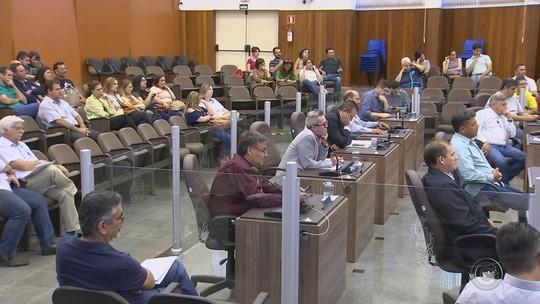 Última sessão do ano da Câmara de Itapetininga é marcada por discussão entre vereadores