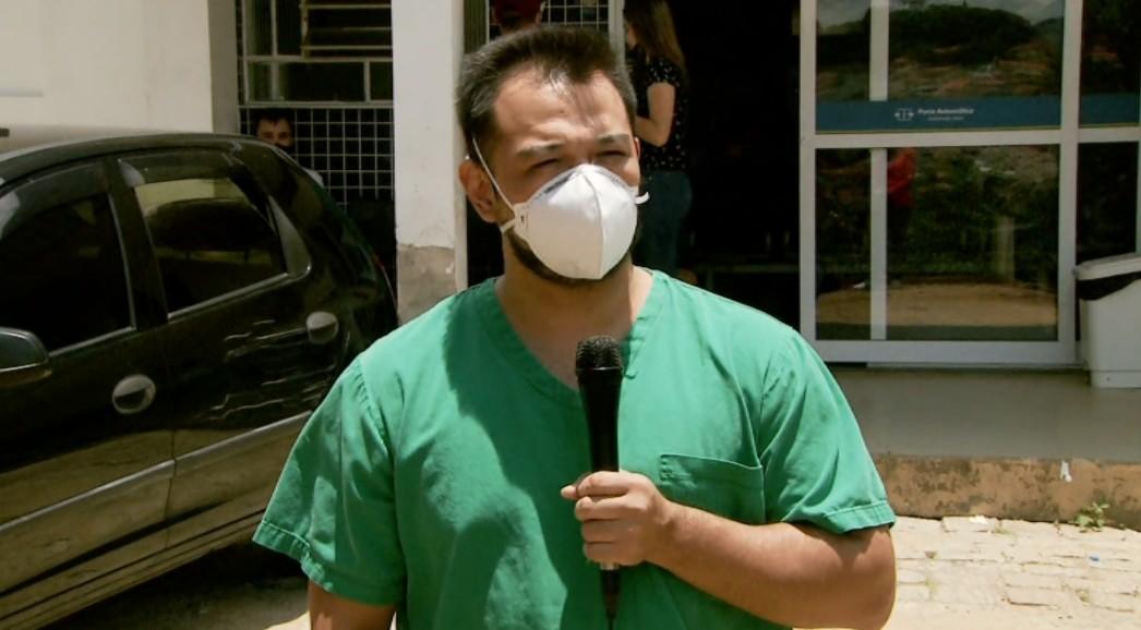 'Não consegue comportar toda demanda', diz médico sobre tratamento da Covid-19 em hospital de Extrema