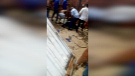 Suspeito fica sem munição durante tentativa de assalto e é rendido pela população