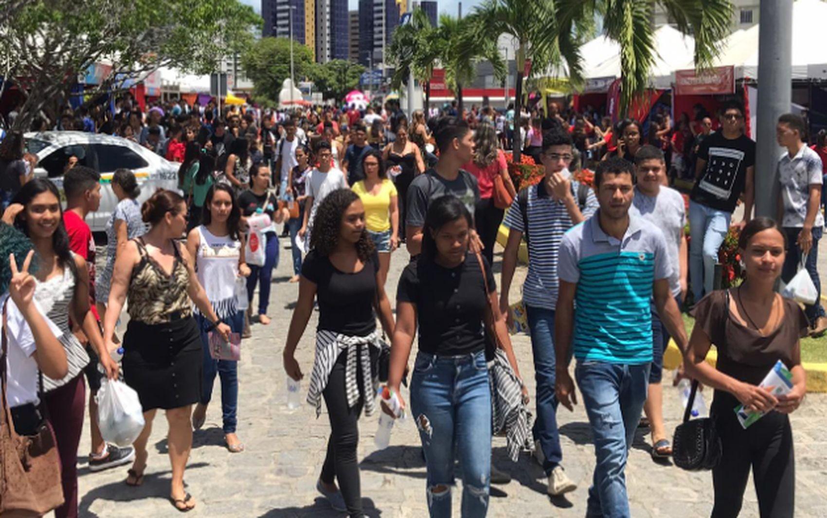 Mais de 18 mil candidatos não fizeram as provas do segundo dia de Enem em Sergipe - Notícias - Plantão Diário