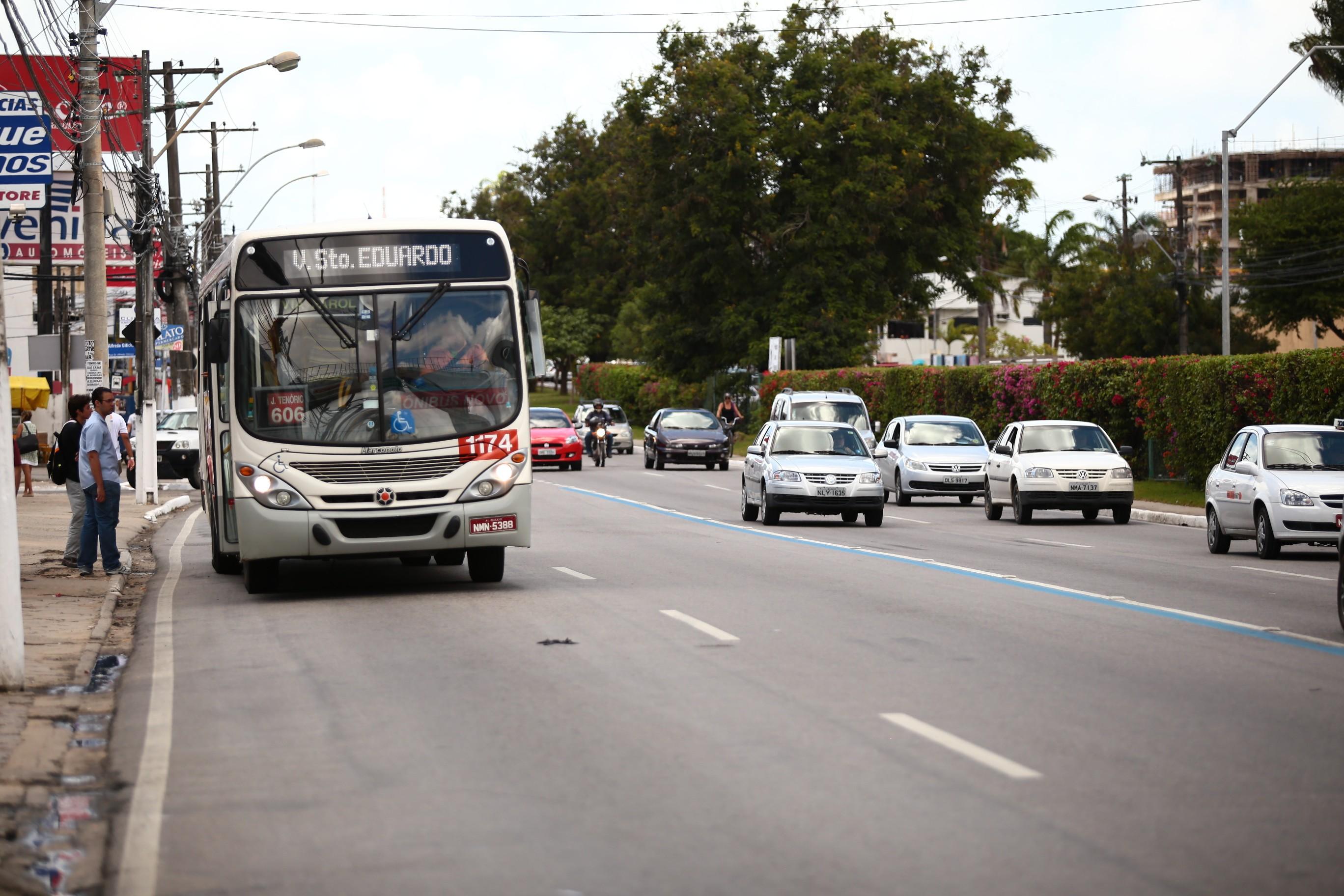 Valor da passagem de ônibus de Maceió pode ter aumento maior que o previsto para 2018, diz sindicato