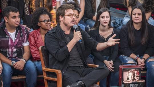 Fábio Porchat arranca gargalhadas da plateia do 'Altas Horas' com história íntima