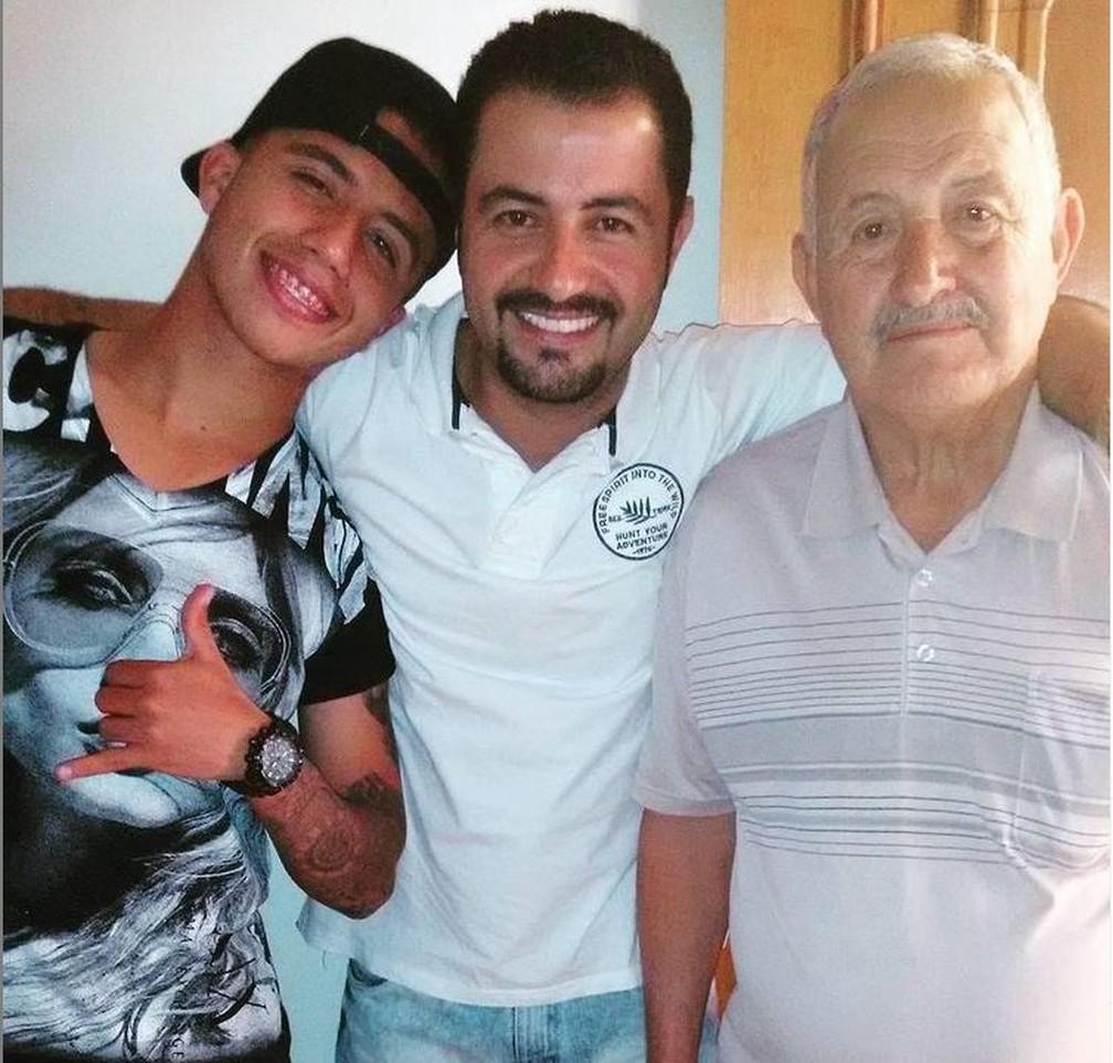 Matheus Henrique, o pai João e o avô Pedro — Foto: Reprodução/Instagram