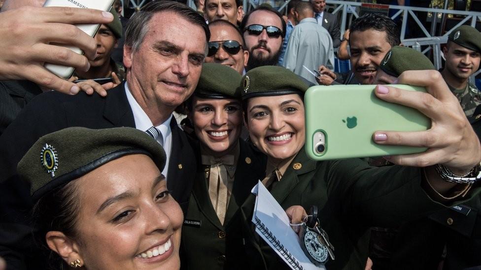Bolsonaro ascendeu à Presidência defendendo uma agenda econômica liberal e conservadora em segurança e costumes (Foto: Getty Images via BBC News)