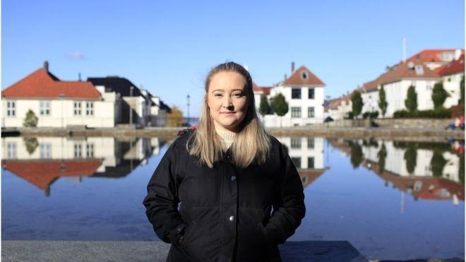 A jovem norueguesa que monitora 450 perfis no Instagram para tentar evitar suicídios