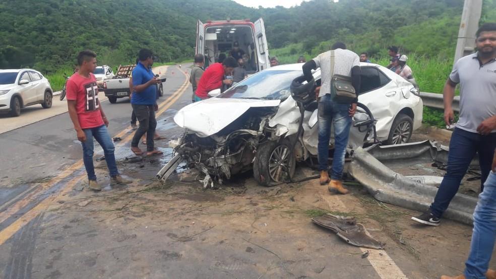Bombeiro civil André do Nascimento Farias perdeu controle do veículo e morreu após bater em defensa metálica na BR-222 — Foto: Divulgação/Polícia Rodoviária Federal