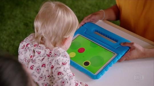 Em 'O Maravilhoso Mundo dos Bebês', veja o impacto dos eletrônicos na vida dos pequenos
