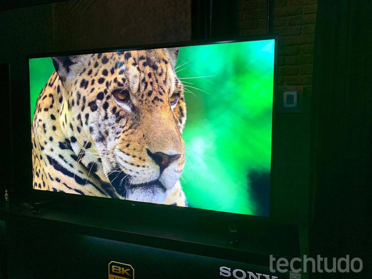 Sony traz ao Brasil smart TV 8K com telão de 85 polegadas e comando de voz