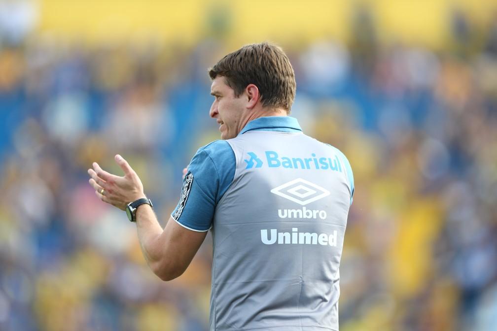 Thiago Gomes, técnico do Grêmio sub-23  — Foto: Lucas Uebel/Grêmio