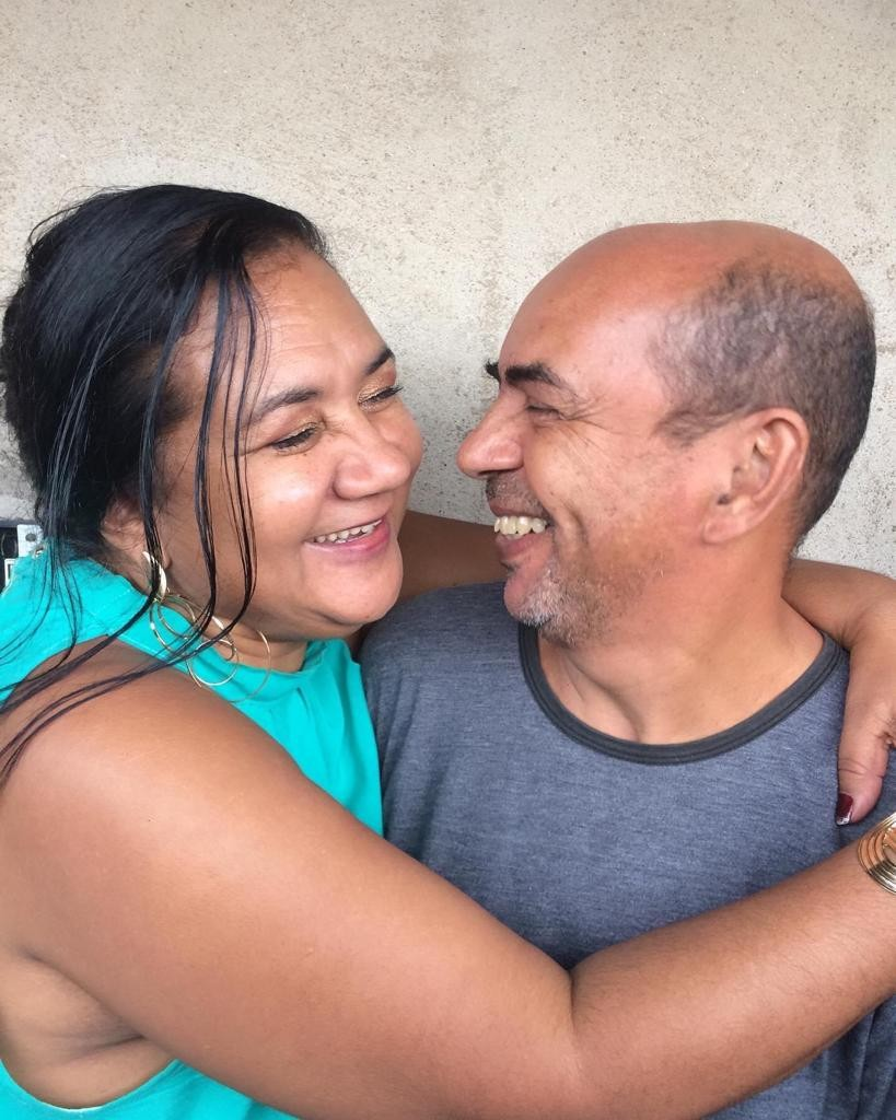 Casal recebe alta no mesmo dia após ser internado com Covid-19 em SP: 'Alívio'