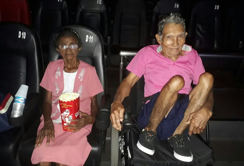 Senhor Alexandre assitiu um filme pela primeira vez no cinema.  (Foto: Divulgação/ Arquivo pessoal)