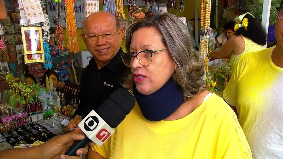 Germânia saiu cedo para homenagear Nossa Senhora do Carmo no Recife (Foto: Reprodução/TV Globo)