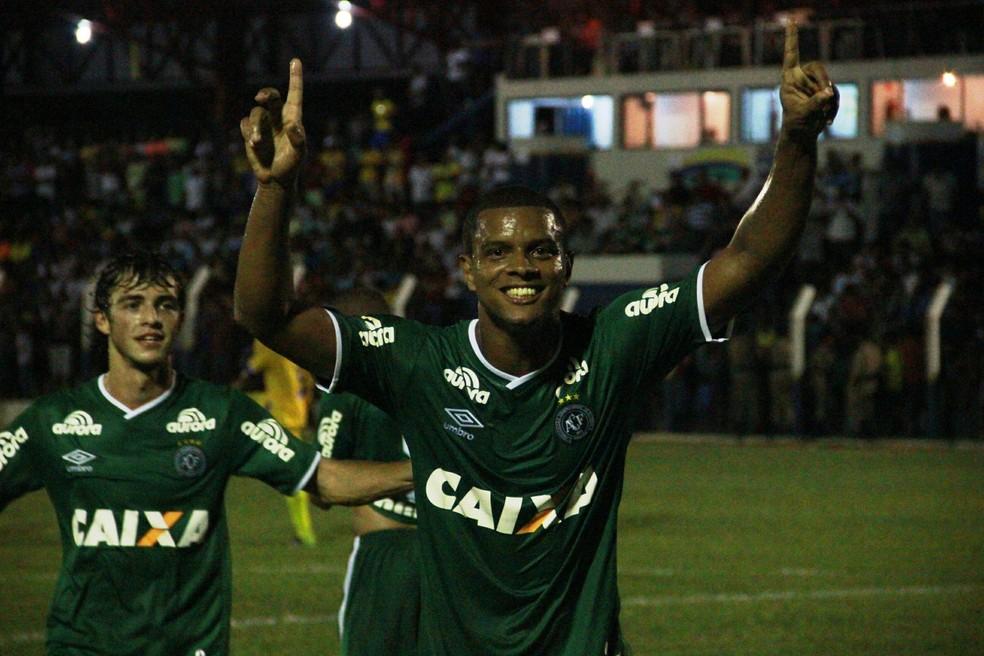 Bruno Rangel foi um dos destaques da partida ao marcar três gols (Foto: Cleberson Silva/Chapecoense)