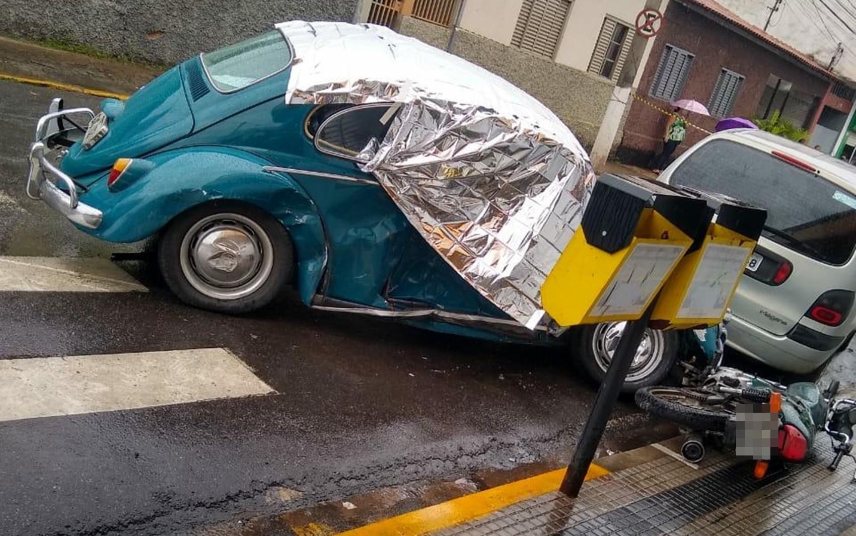Homem morre após passar mal e bater carro em Itajubá, MG