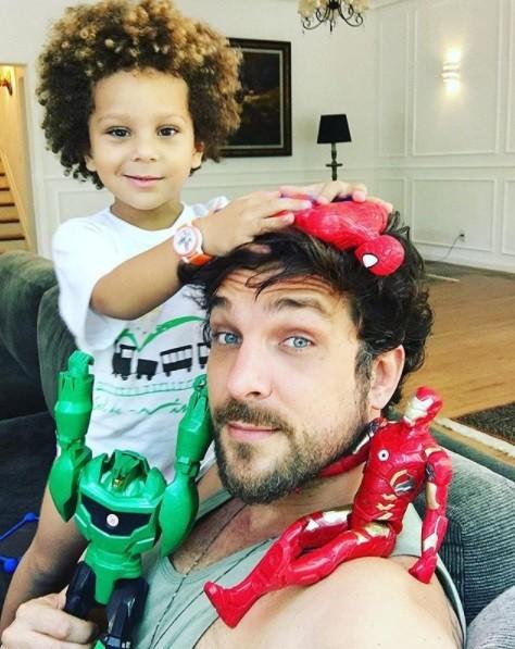 Igor Rickli e o filho Antônio (Foto: Reprodução / Instagram)