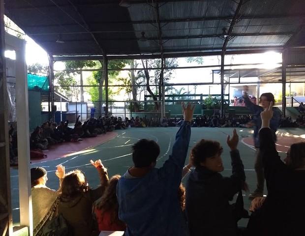 Alunos da Escola da Vila votam por paralização, em foto de 21 de maio (Foto: Reprodução / Facebook / Inflama)