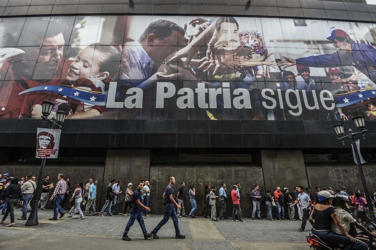 Após calote, Venezuela ganha impulso financeiro da Rússia
