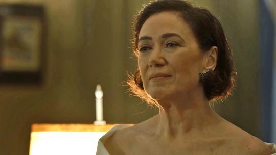 Valentina deseja noite quente com Murilo (Eduardo Moscovis): 'De preferência selvagem'