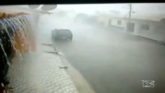 Chuva de granizo provoca estragos em Coroatá, no Maranhão
