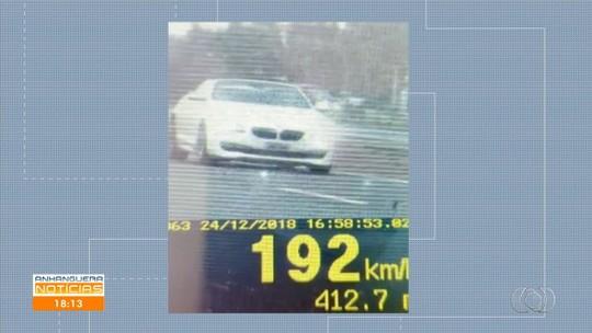 Carro de luxo é flagrado em velocidade recorde de 192 km/h na BR-060, em Goiás