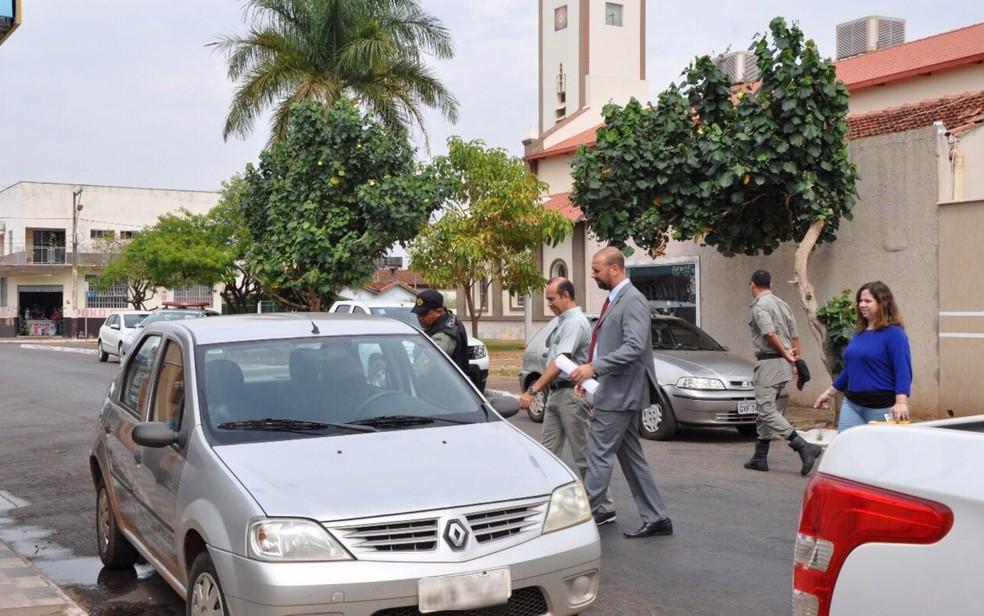 Padre Iran Rodrigo Souza de Oliveira foi preso suspeito de prometendo recuperar virgindade, em Goiás (Foto: Divulgação/MP)