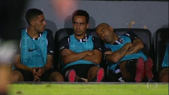 """Emerson Sheik desabafa após """"acusação"""" de cochilo no Corinthians: """"Injustiça"""""""