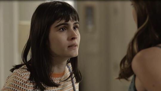 Bebeth enfrenta Luíza e pede que ela fique longe
