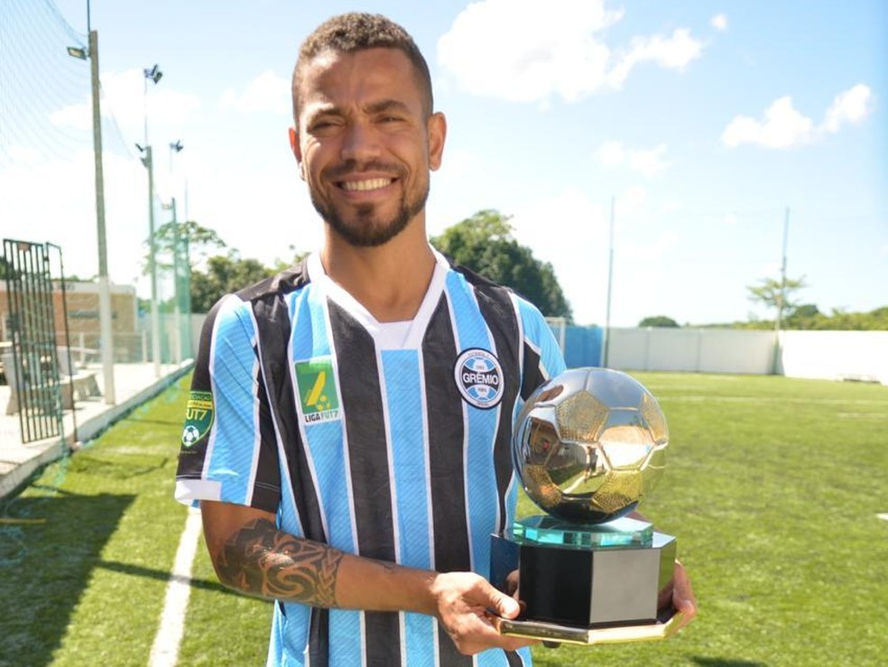 Vassoura, melhor do mundo de 2018, é reforço do Grêmio — Foto: Luciano Maciel/Divulgação