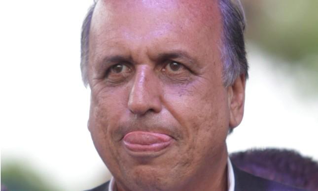 O governador do Rio, Luiz Fernando Pezão, na inauguração do hospital do olho Julio Cândido Brito, em 28/12/2017