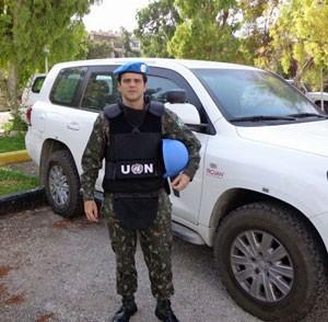 'Fomos cercados e recebidos a tiros', diz militar brasileiro que atuou na Síria (Foto: Eduardo Bordeaux/Arquivo   pessoal)