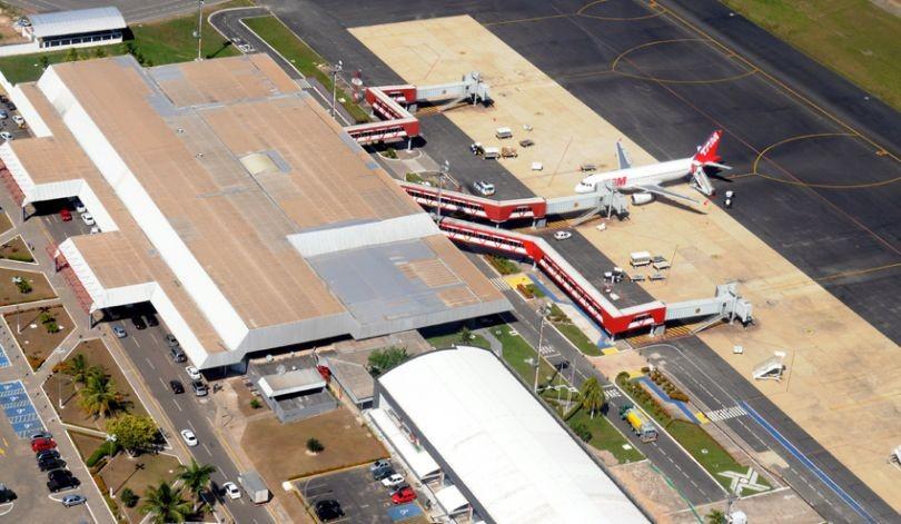 Bolsonaro anuncia que aeroportos do Maranhão estão prontos para privatização - Notícias - Plantão Diário