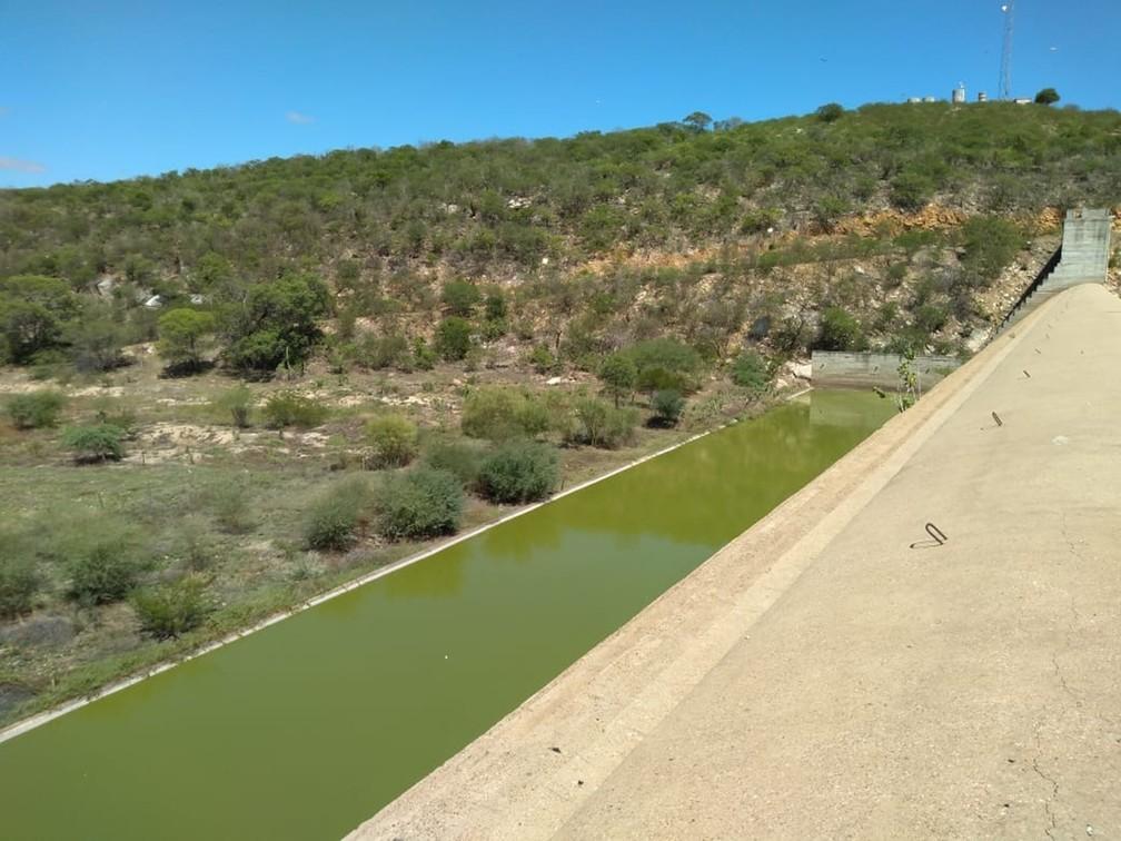 Barragem Passagem das Traíras está com menos de 1% de sua capacidade total de armazenamento — Foto: Renato Medeiros
