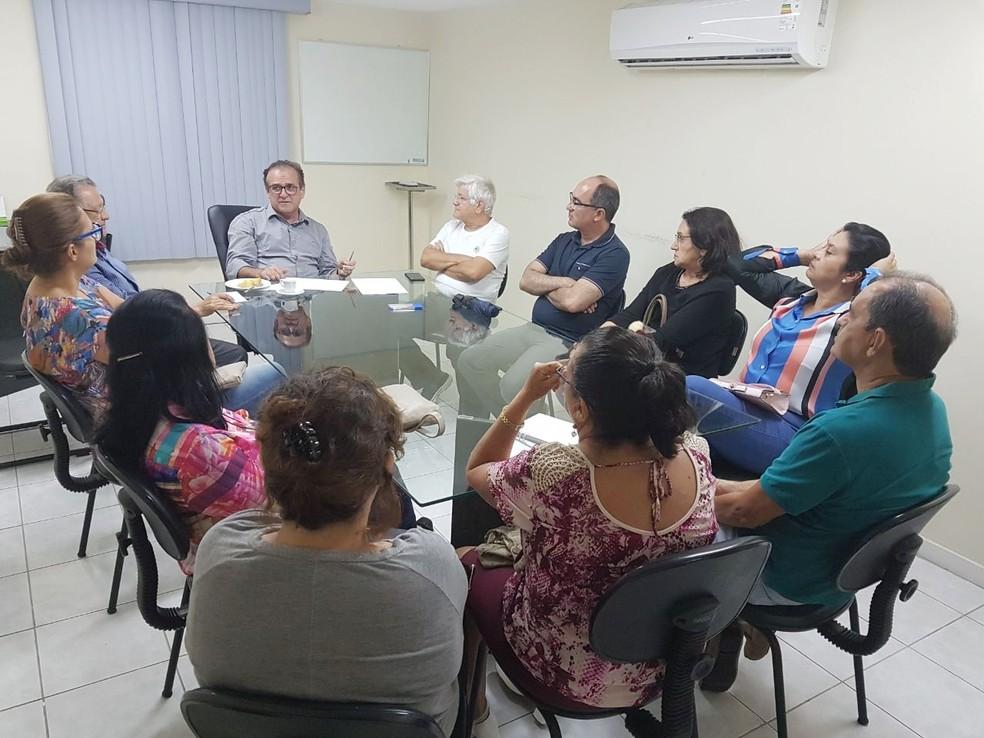 Volta aos trabalhos foi decidida em assembleia realizada na noite desta terça-feira (27) no Sinmed  (Foto: Sinmed-RN/Divulgação)