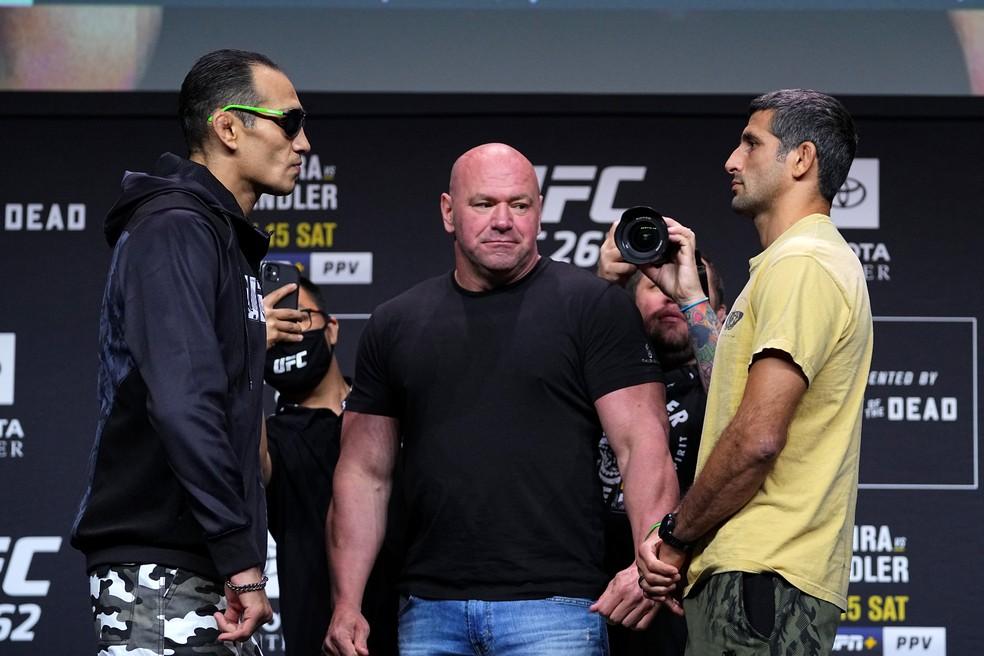 Tony Ferguson e Beneil Dariush fazem a co-luta principal do UFC 262 — Foto: Josh Hedges/Zuffa LLC