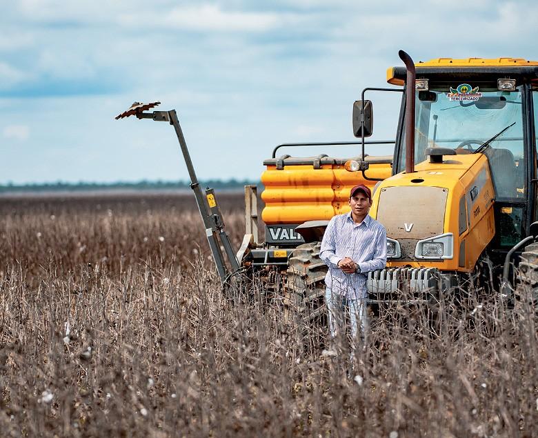 Haustyb Inocêncio, de 25 anos, operador de máquina agrícola (Foto: José Medeiros/Editora Globo)