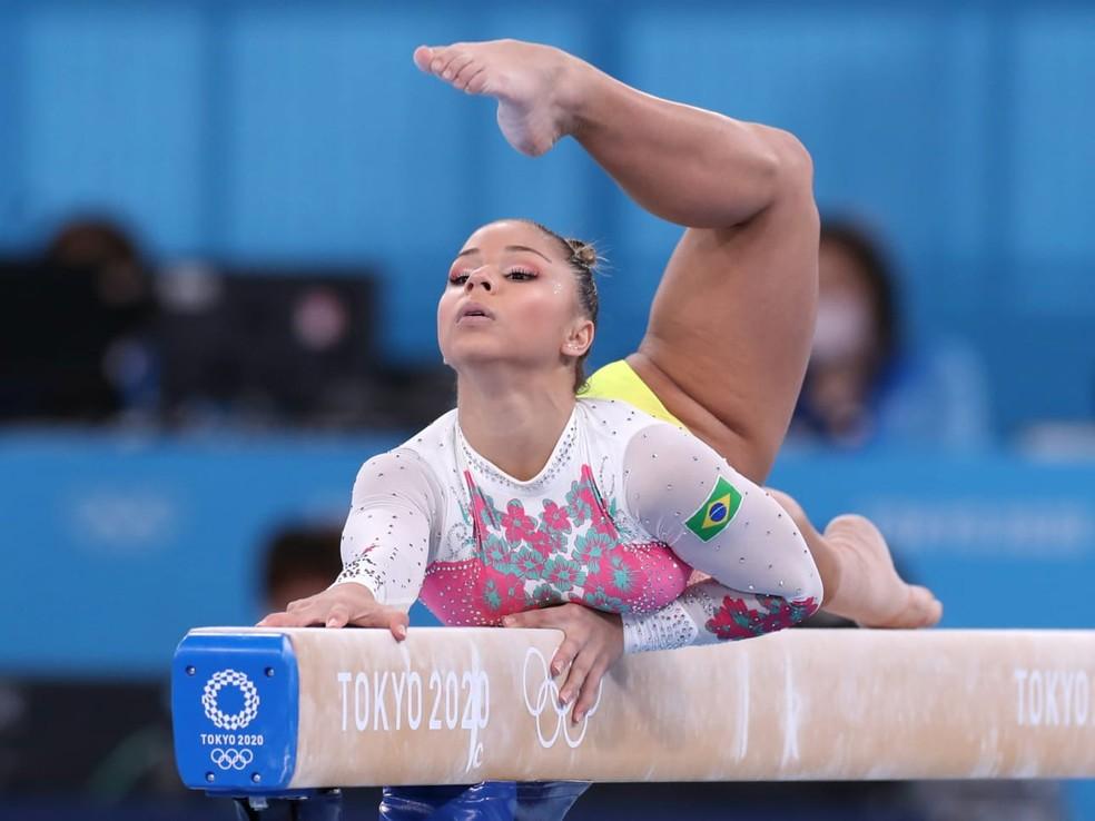 Flávia Saraiva na final da trave das Olimpíadas — Foto: Ricardo Bufolin/ Panamerica Prass/ CBG