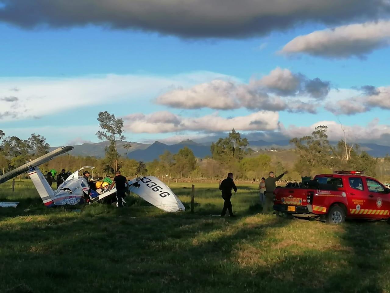 Avião cai na Colômbia e bebê salvo pela mãe é único sobrevivente da queda (Foto: Reprodução)