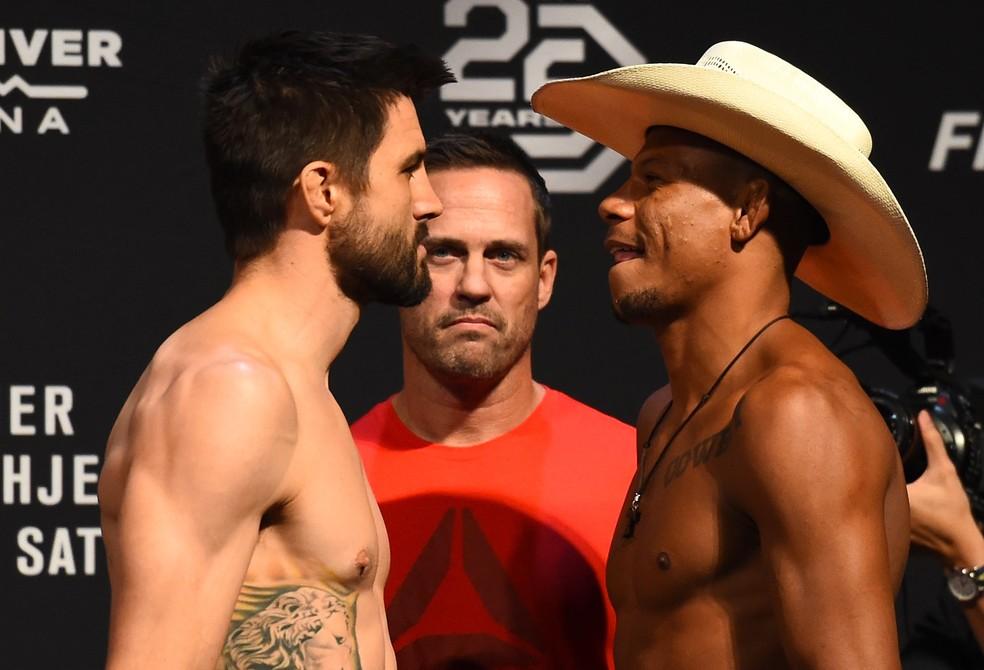 Carlos Condit encara o brasileiro Alex Cowboy no co-evento principal do UFC Glendale (Foto: Getty Images)
