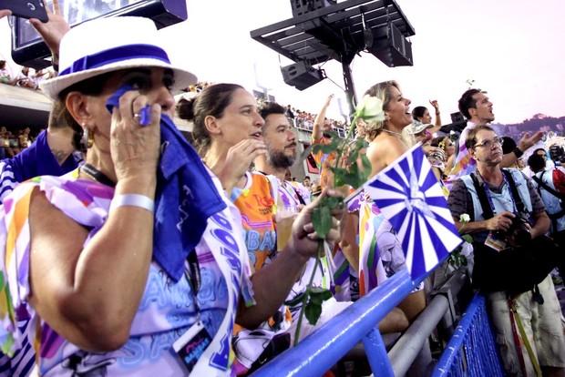 Gloria Pires emocionada (Foto: Claudio Andrade / EGO)