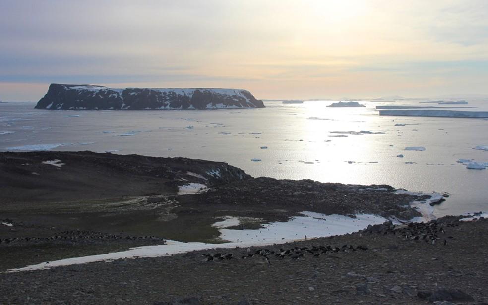 Essas são águas perigosas - daí vem o nome das ilhas (Foto: T.Hart/Oxford)