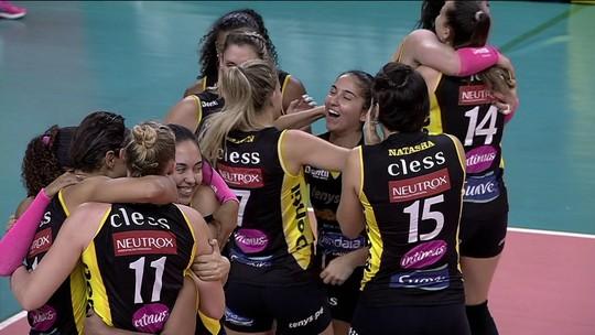 Praia Clube vence Osasco e garante vaga na decisão da Superliga Feminina