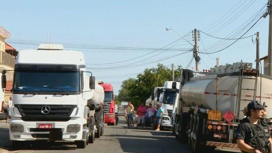 Presos suspeitos por roubo de 1,5 milhão de litros de combustíveis são ouvidos pela polícia