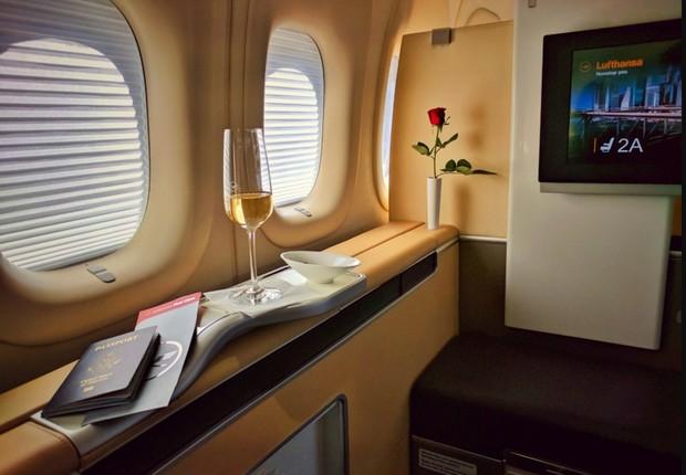 Cabine de primeira classe da Lufthansa (Foto: Lufthansa/Divulgação)